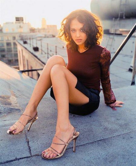 jessica alba sexy heels